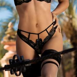 String Noir V-8978 - Seductive Woman